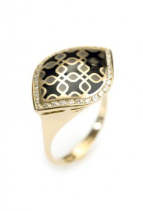 Gold ring with enamel and diamonds