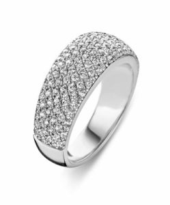 pave-setting-ring